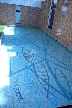 bassin décoratif en mosaique