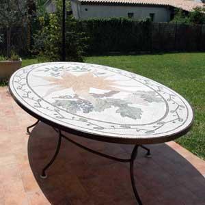 plateau de table mosaique de style provencal faite-main par mosaiste